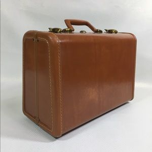 Vintage Samsonite Schwayder Bro Overnight Suitcase